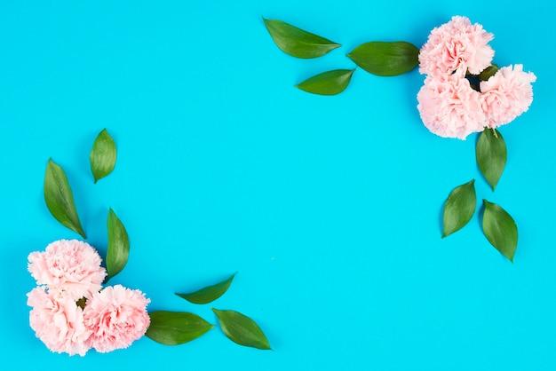 花が飾られたコーナー