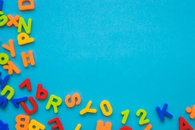 カラフルな文字のセット