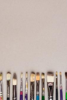 プロの絵筆のセット