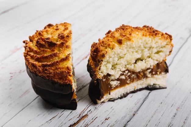 Вкусные мини-пирожные