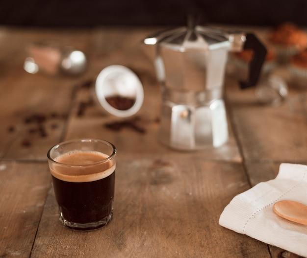 エスプレッソコーヒー、ガラス、木製、テーブル