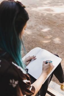 ノート、スケッチ、女性、クローズアップ、ペン、ノート