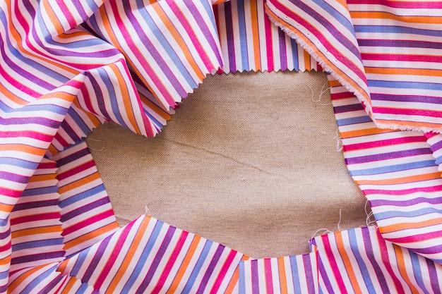 カラフルな繊維の形成フレームのクローズアップ