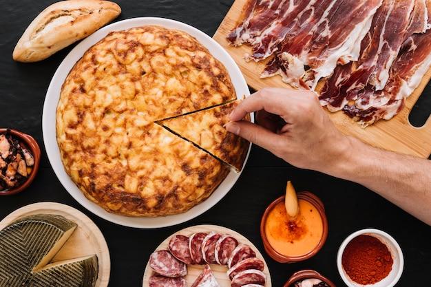爪楊枝で手を突くパイを作ってください