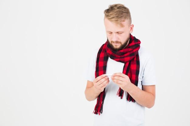 赤、スカーフ、体温計、男