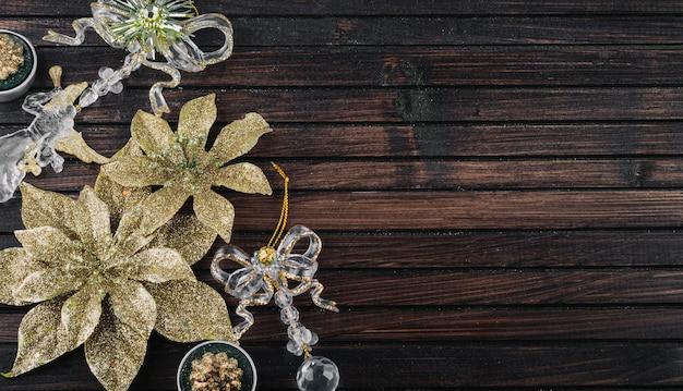 テーブル上の装飾のためのキラキラの花