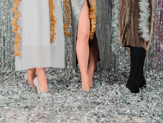 Девушка ноги новогодняя вечеринка