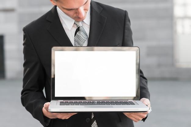 ビジネスマン、ノートパソコン