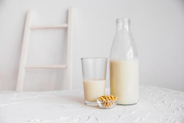 Молоко и крупы
