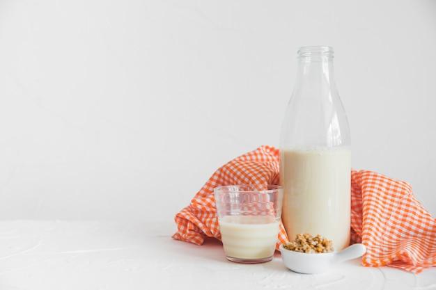 ミルクとシリアル