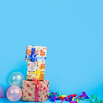 誕生日プレゼントタワー