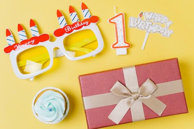 トップビューの誕生日の要素