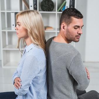 Раздраженная пара