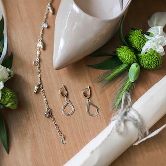 花嫁のアクセサリー