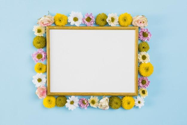 Цветы фон копией пространства