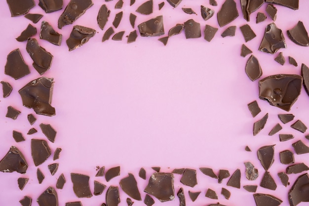 Укусы шоколада в форме рамки