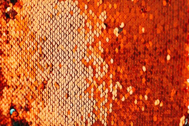 Полный каркас из блестящей декоративной ткани с пайетками