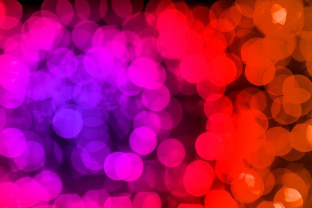 赤;ピンクとブルーの多重ボケ味の背景