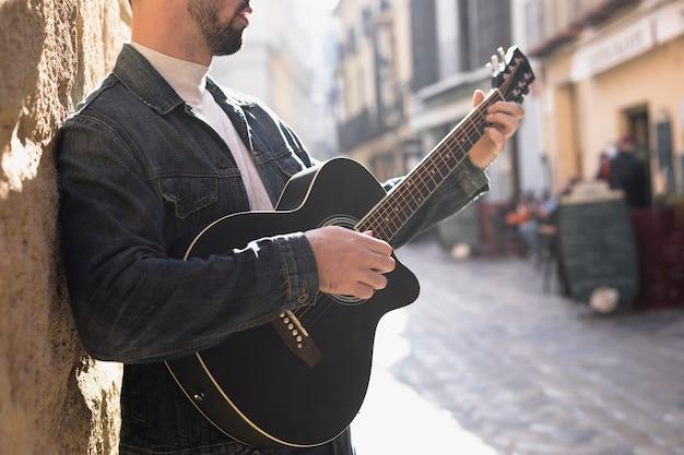 屋外ギター音楽