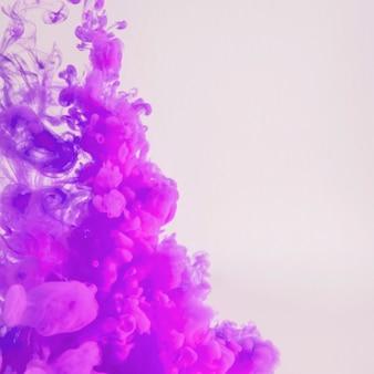 ヘイズの濃い紫色の雲