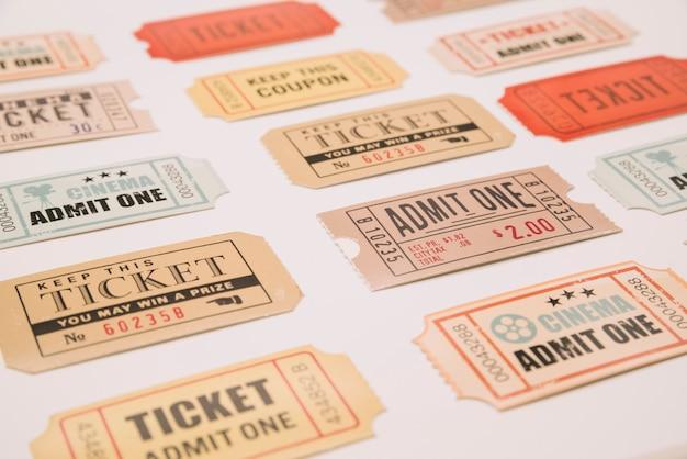 ヴィンテージ映画のチケット