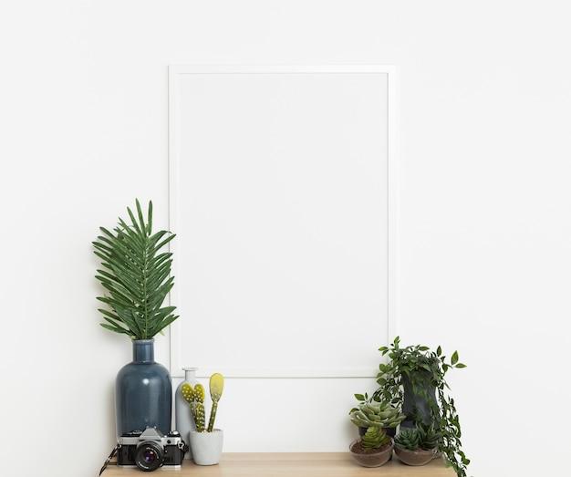 Декоративное растение с пустой рамкой