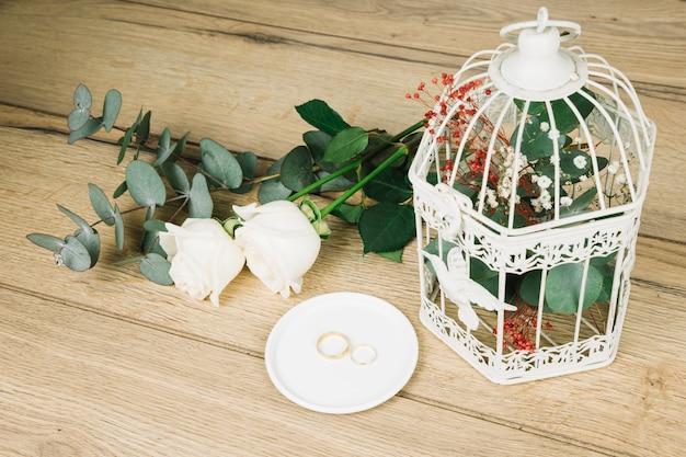 花の結婚指輪