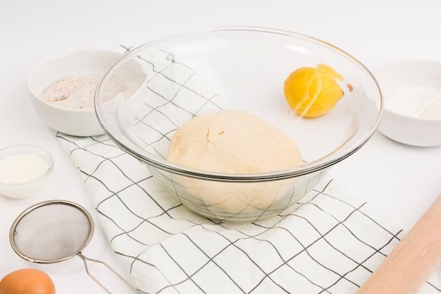 Вкусные пищевые ингредиенты для выпечки