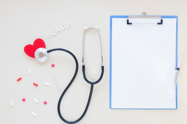 Плоская планировка медицинская композиция с шаблоном буфера обмена
