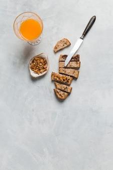Завтрак с апельсиновым соком