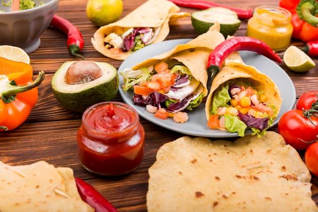 メキシコ料理の静物
