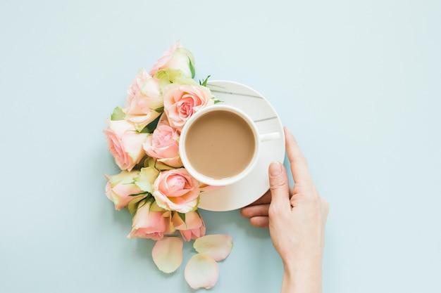 Кофе и цветы