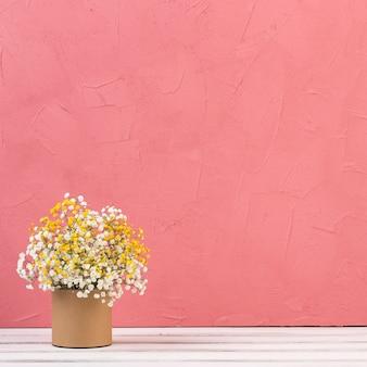美しい花のある静物