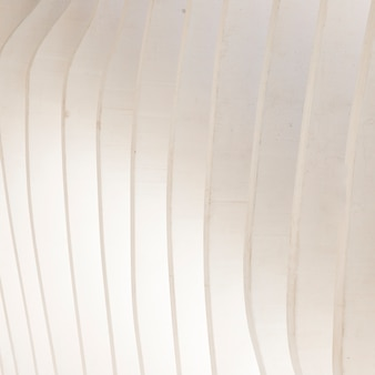 白のシームレスな幾何学的な内壁パネル