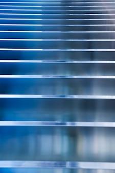 水平線とストリップの抽象的な背景
