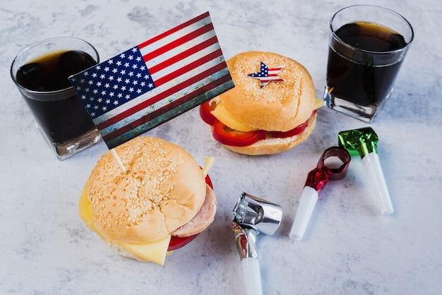 独立記念日のための休日の食事