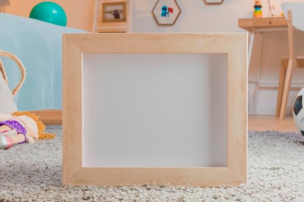 Детские игрушки натюрморт с рамкой