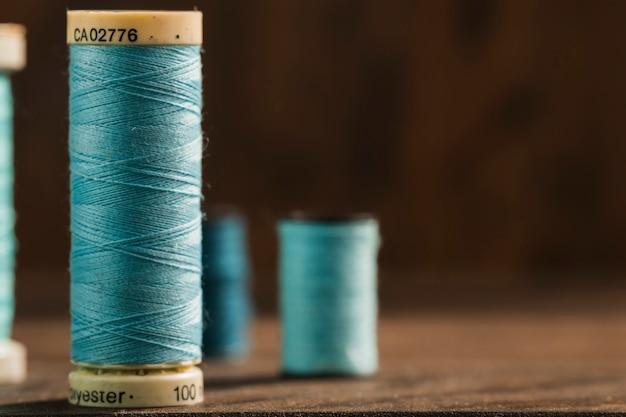Катушки для швейных ниток