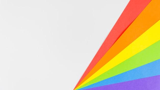 Гордость флаг с цветной лист бумаги
