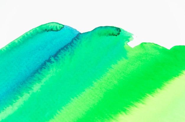 Абстрактная акварель мазок на белом фоне