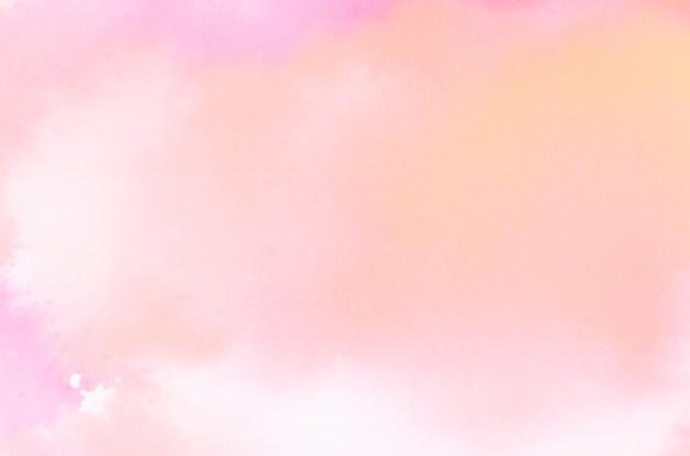白の背景に明るい抽象的なサンゴ水彩テクスチャ