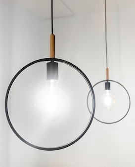 現代の装飾的なランプ
