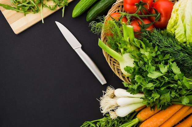 Полезные ингредиенты включены в салат