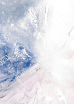 Замерзшая вода