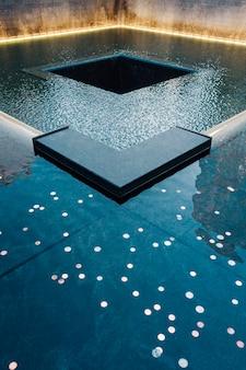 記念複合泉の一部