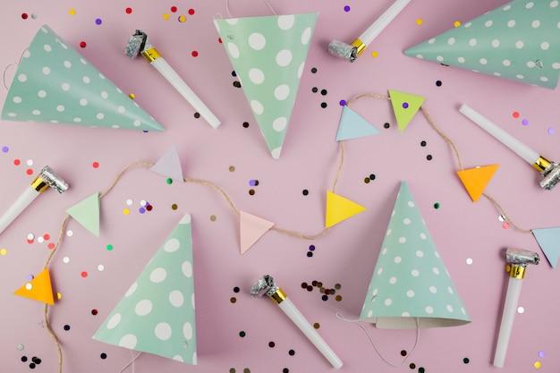 Плоская композиция из элементов дня рождения