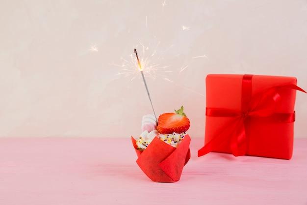 Натюрморт из элементов дня рождения