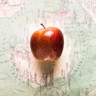 熟したリンゴの地図