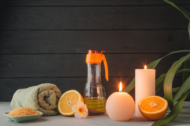 Натуральные элементы для спа со свечами