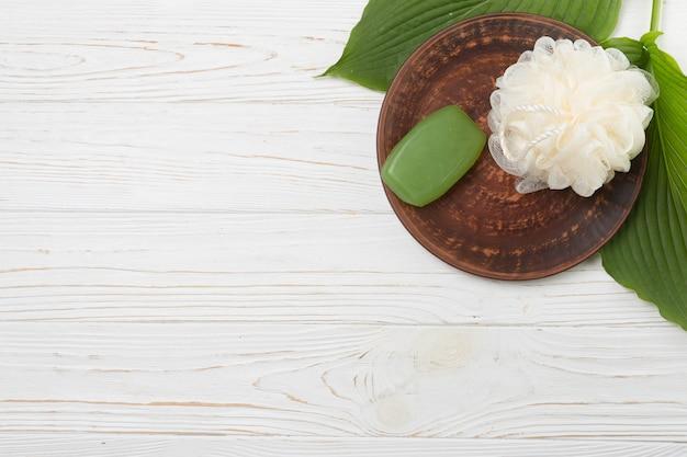 石鹸でスパの自然な要素
